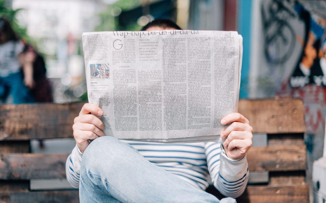 Titoli sui giornali: quando la sintesi è furba