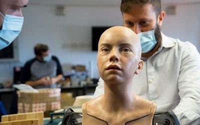 Abel, il robot  adolescente creato a Pisa che capta le emozioni umane