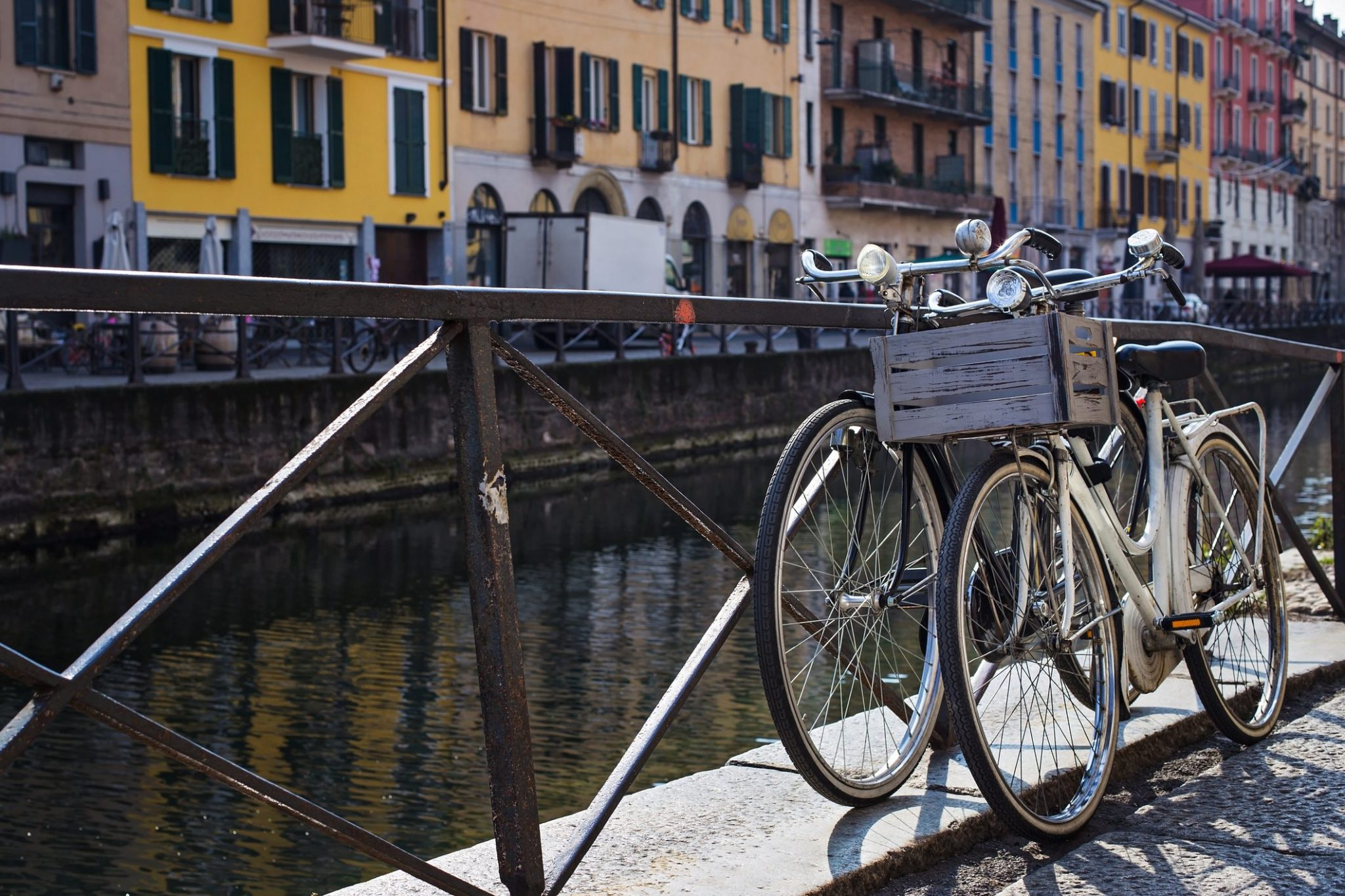https://www.telepress.news/wp-content/uploads/2021/07/biciclette-sui-navigli-2048x1365-1.jpghttps://www.telepress.news/wp-content/uploads/2021/07/biciclette-sui-navigli-2048x1365-1.jpg