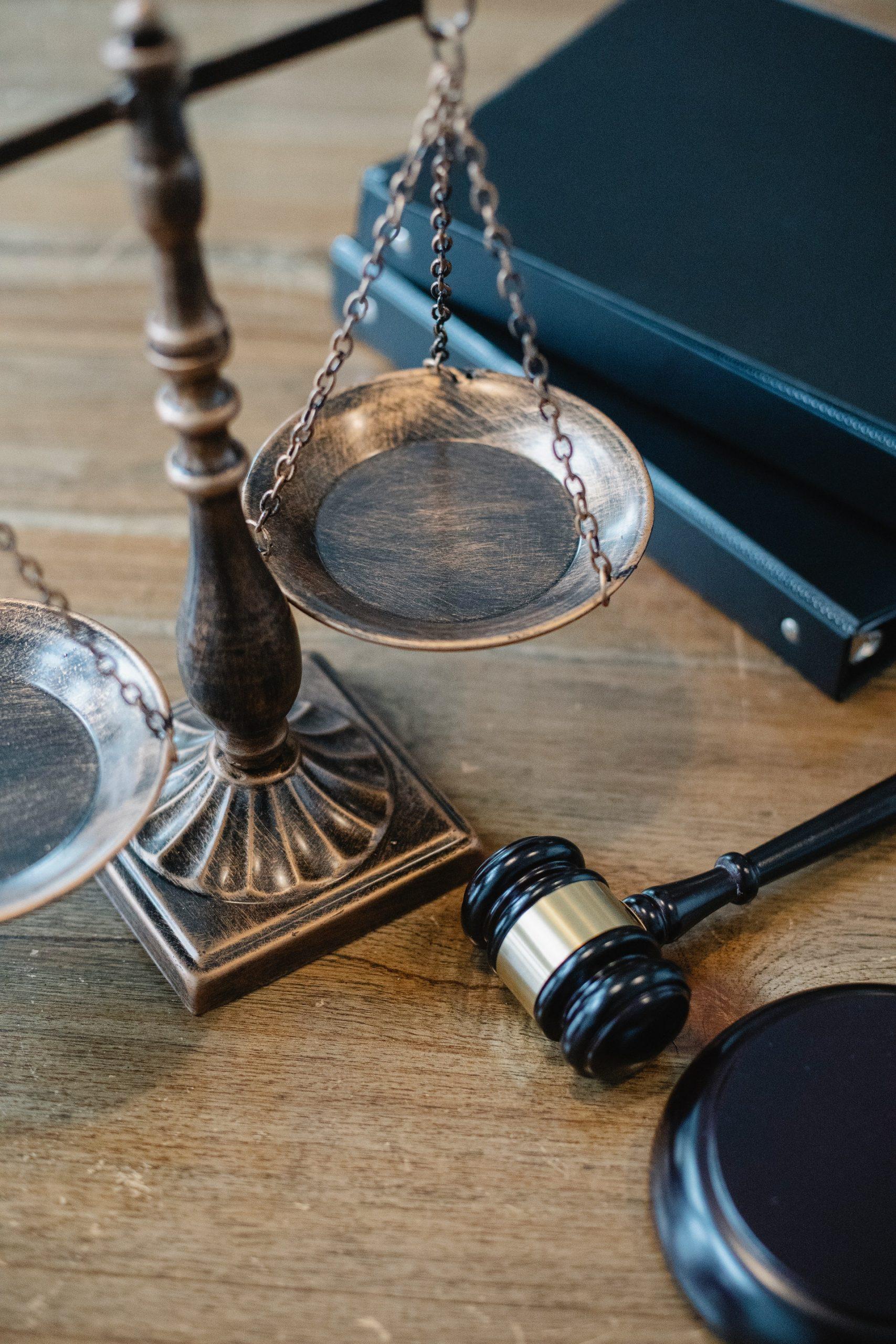 tribunale_legge